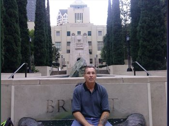 EasyRoommate US - Gregory Coyle - 56 - West Hollywood