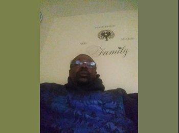 EasyRoommate US - Nathan  - 49 - Fayetteville