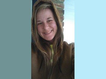 EasyRoommate US - Sloane Brasher - 24 - Murfreesboro