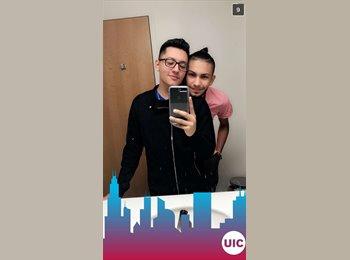 EasyRoommate US - Uriel  - 22 - Chicago