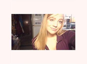 EasyRoommate US - Megan - 19 - Albuquerque