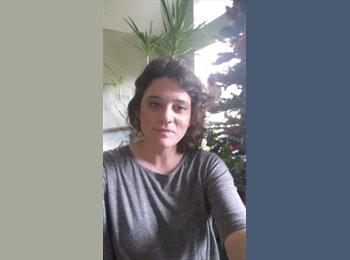 EasyRoommate US - Amy Fry  - 33 - Kansas City