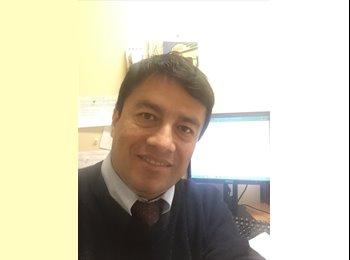 EasyRoommate US - Jorge Ayarza - 35 - Van Nuys