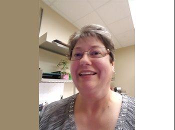 EasyRoommate US - Susan Jennett - 53 - Green Hills