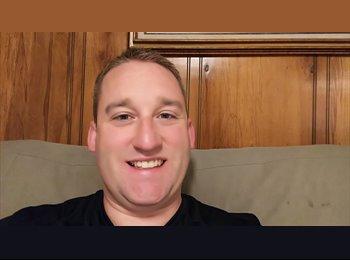 EasyRoommate US - Corey Hardy - 28 - Gainesville