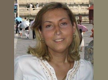 Eleonora - 45 - Student