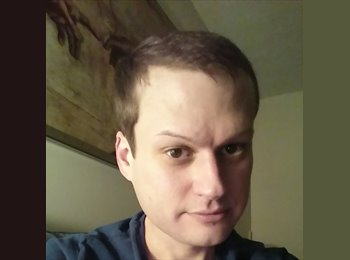 EasyRoommate US - Brian - 34 - Rochester