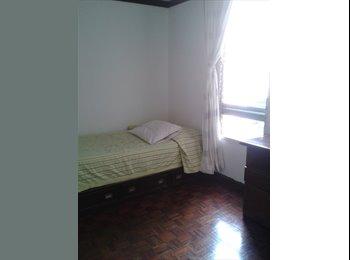 CompartoApto VE - PRADO HUMBOLDT. ALQUILO HABITACIÓN PARA DAMA - Baruta, Caracas - BsF 13.500 por mes