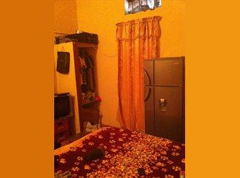 CompartoApto VE - Comparto habitacion en una pencion - Libertador, Caracas - BsF 1.000 por mes