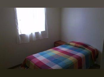 CompartoApto VE - los ruices habitación para dama - Sucre, Caracas - BsF 25.000 por mes