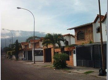 CompartoApto VE - Alquilo habitacion en buena zona residencial - San Cristobal, San Cristobal - BsF 10.000 por mes