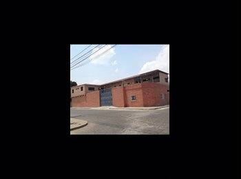 CompartoApto VE - Habitacion baño privado, entrada independiente, Barquisimeto - BsF 25.000 por mes