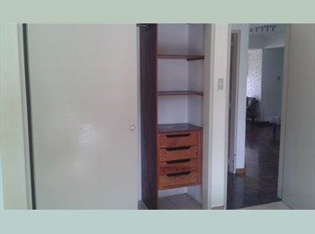 CompartoApto VE - Alquilo cupo en bella habitación en la Urbina para 1 o 2 personas (Se aceptan parejas), Caracas - BsF 20.000 por mes