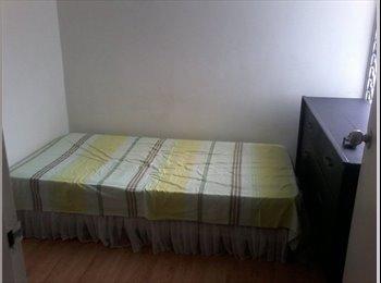 CompartoApto VE - Alquilo habitacion con seguridad y baño propio, Caracas - BsF 28.000 por mes