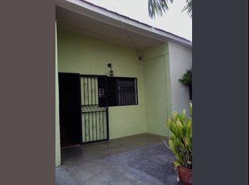 CompartoApto VE - Alquilo habitación a Dama responsable sin hijos que estudie y/o trabaje , Barquisimeto - BsF 20.000 por mes