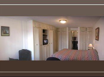CompartoApto VE - En Alquilo bella habitacion para dama ejecutiva en Urb. del Este de Caracas  con baño privado y esta, Caracas - BsF 140 por mes
