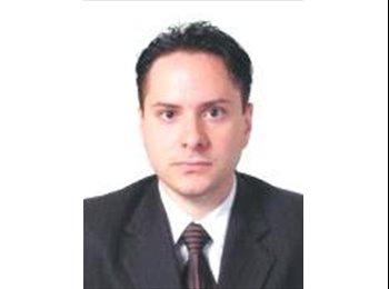 Gustavo - 30 - Profesional