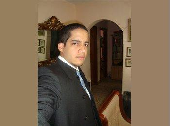 Edgar - 23 - Profesional