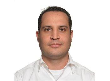 Juan Luis - 31 - Profesional