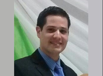 Ricardo - 23 - Profesional