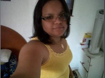 Rosita  - 28 - Estudiante