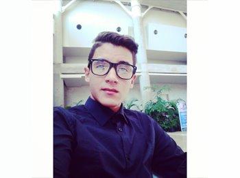 Carlos Julio Prado - 21 - Estudiante