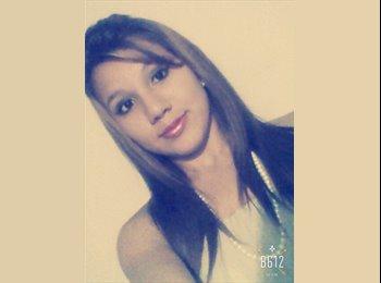 Evasandry Morales - 18 - Estudiante