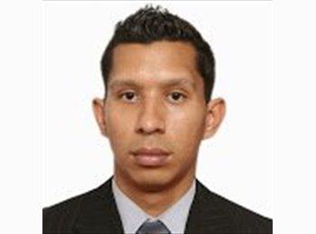 J Armando  - 26 - Profesional