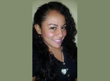 Eliana Fernandez - 28 - Profesional