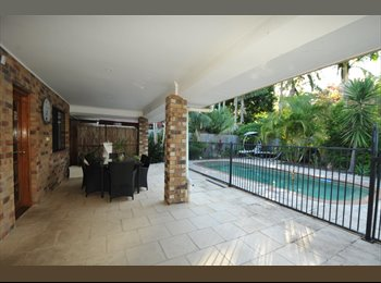 EasyRoommate AU - 3 bedroom house, pool, share with 1 other - Carrara, Gold Coast - $997