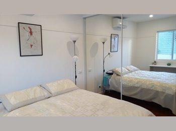 EasyRoommate AU - Ms - Bondi Junction, Sydney - $1300