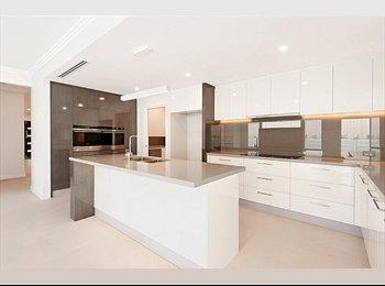 EasyRoommate AU - SPACIOUS & FRIENDLY - Alexander Heights, Perth - $1000