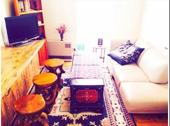 EasyRoommate AU - Super Location, Right in the Heart Brunswick - Brunswick, Melbourne - $980