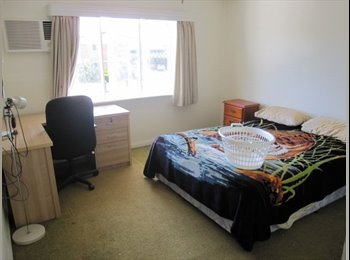 EasyRoommate AU - HOUSE CLOSE TO CITY - Westcourt, Cairns - $563