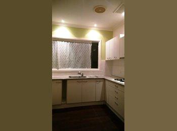 EasyRoommate AU - Morley largeshare house near ECU City Galleria - Embleton, Perth - $433