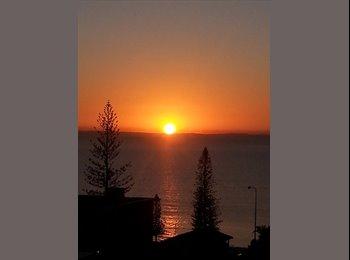EasyRoommate AU - ocean veiws  walking - Margate Beach, Brisbane - $650