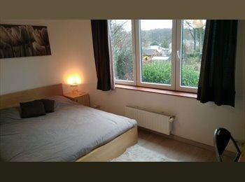 Appartager BE - Colocation convivale dans maison coquette - Louvain-la-Neuve, Louvain-la-Neuve - €450
