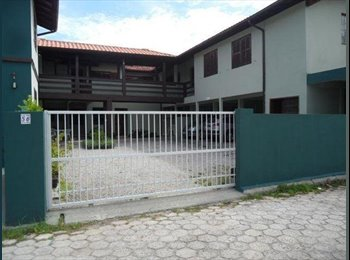 EasyQuarto BR - Aluguel Mensal / Anual - Praia da Armação - Outros, Florianópolis - R$800