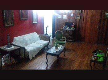 EasyQuarto BR - Quarto em vila de Botafogo, próximo metrô. - Botafogo, Rio de Janeiro (Capital) - R$900
