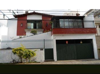 EasyQuarto BR - Alugo Quarto em Casa Colonial na Cidade Nova - Outros Bairros, Belo Horizonte - R$650
