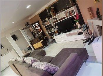 EasyQuarto BR - HOSTEL AJBJ  JD BOTANICO (quarto para locação) - Centro, Curitiba - R$700