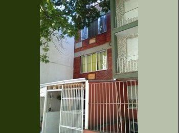 EasyQuarto BR - \KITINETS MOBILIADOS NO CENTRO DE POA/RS - Centro, Porto Alegre - R$990
