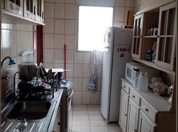 EasyQuarto BR - Quarto em apartamento mobiliado Alto do Ipiranga - Mogi das Cruzes, RM - Grande São Paulo - R$450
