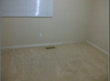 EasyRoommate CA - BEAUTIFUL ROOM FOR RENT IN A PRIME AREA-GUYS ONLY - Mississauga, South West Ontario - $450