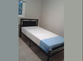 EasyRoommate CA - ROOM FOR RENT FOR YOUNG GUYS ONLY(BRAMPTON/MISSISA - Mississauga, South West Ontario - $400