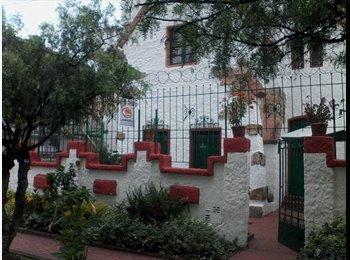 CompartoApto CO - Casa en teusaquillo - Zona Centro, Bogotá - COP$*