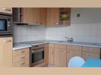 EasyKot EK - Kamer te huur in ruim en licht huis - Centrum, Leuven-Louvain - €300