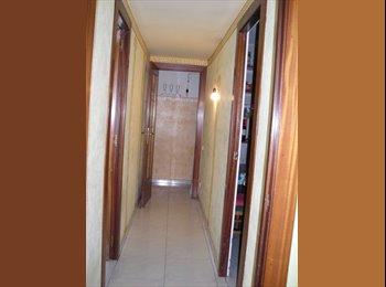 EasyPiso ES - alquilo 1 habitaciones en poble sec - Sants-Montjuïc, Barcelona - €290