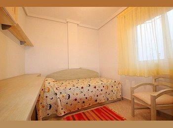 EasyPiso ES - busco compañero para piso en corralejo - Centro, Fuerteventura - €250