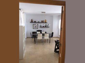 EasyPiso ES - Precioso ático en cortadura - Centro, Cádiz - €250